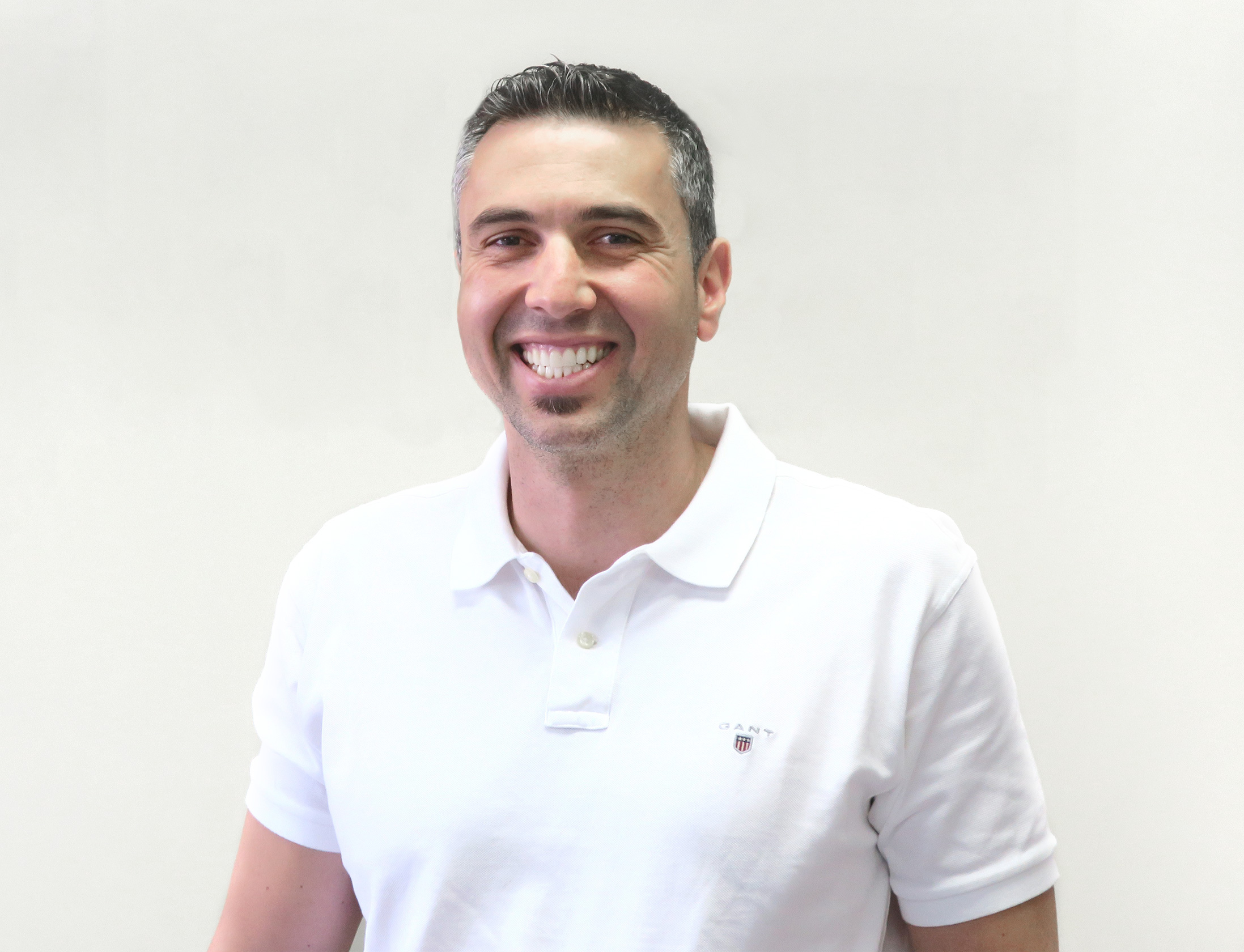 George Kotsifakis, dental technician and denture prosthetist at Complete Dentures in Melbourne